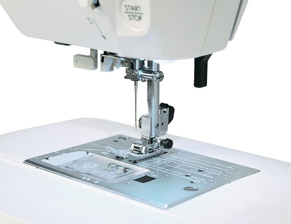 Швейная машинка Janome HomeDecor 6180