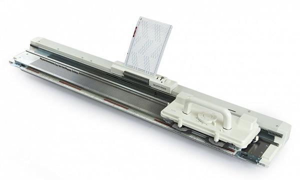 Однофонтурная вязальная машина Silver Reed SK 28